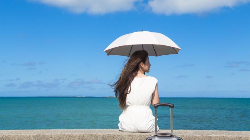 08e42ebae1 このように、日焼け止めを使う以外にも様々な方法で紫外線対策ができます。夏の暑い日に長袖を着るのは難しいかもしれませんが、自分に合った紫外線対策を上手に  ...